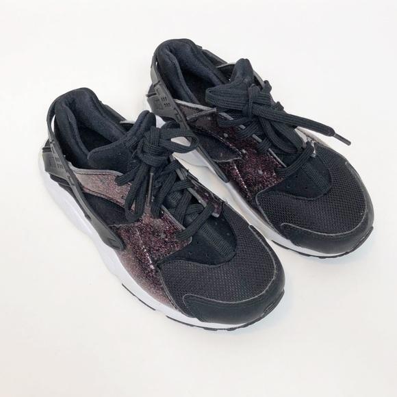 d4c0288b2614 Nike Huarache Black Glitter Shoes Size 13. M 5c3e2e996a0bb7b2aae3d6c1